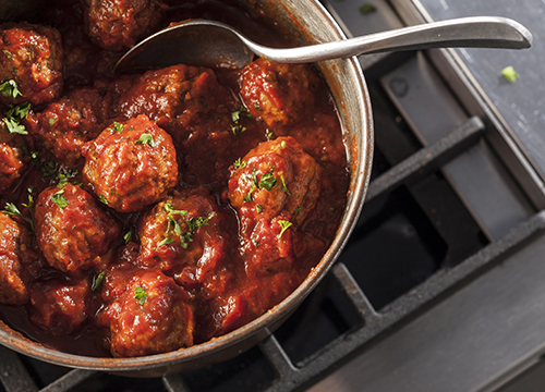 hmf foodservice channels restaurants meatballs in pan